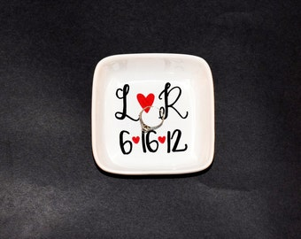 Personalized Ring Dish // Name and Date Ring dish // Handpainted Ring Dish //  Ring Dish // Jewelry Dish