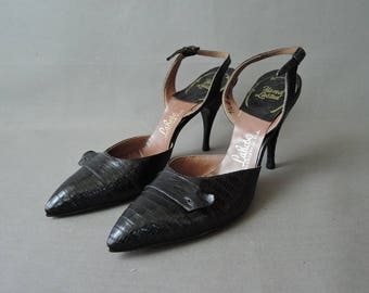 Vintage Black Slingback Shoes Size 7-1/2 Pointy Toe, Thin Heel 1950s, Lizard Look Leather