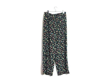 90s floral wide leg trousers // 90s floral loose trousers // 90s patterned pants // navy palazzo pants // boho vintage trousers