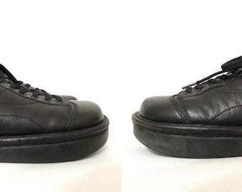 90s Kalso Earth Shoes Futuristic Minimalist Vintage Earth Shoes. Black Leather Oxford Laceup Shoes. Sz. 7 US Women/ Uniform Flats. Ergonomic