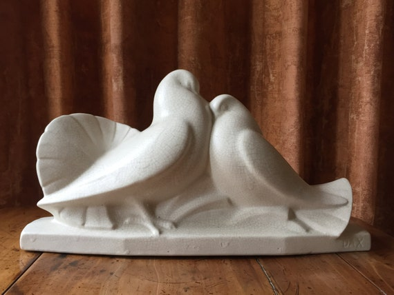 Very rare example of French Dax pottery manufacturer Art Deco  crackle glaze Doves