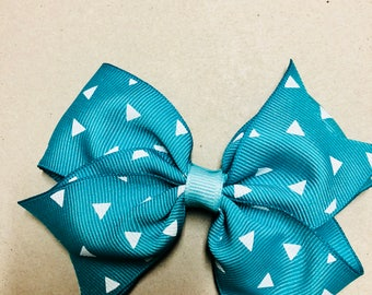 "4 1/2"" Teal bow with triangle design"
