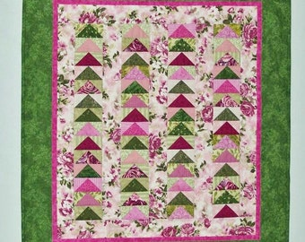 Flying Geese Shabby Chic Patchwork Quilt 28 x 32