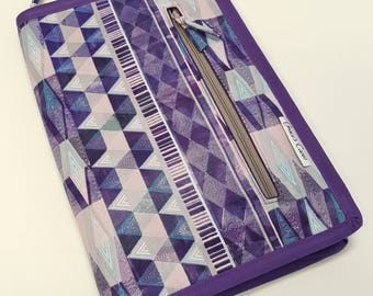 Standard case in Mod Purple Geometric, for circs, tips and short dpns