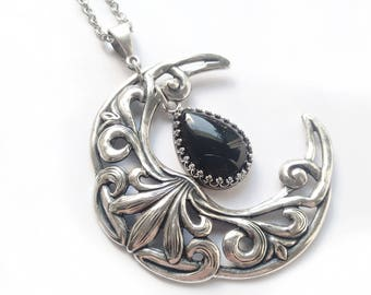 Wiccan Jewelry Celestial Jewelry Black Onyx Necklace Crescent Moon Necklace Witchy clothing Silver Large Moon in chain Pendant