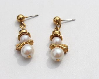 Little Snowman Earrings Pearl and Gold