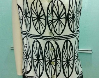 50s Novelty Print Western Wagon Wheel Sleeves Top