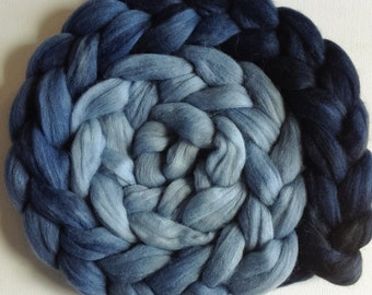 Wool Roving spinning or felting Heron 3.5ozs  PRE-ORDER