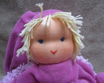 Waldorf doll 10.6 inch. Soft Waldorf cuddle doll for toddlers and young children, Waldorf sleep doll 'KnuffelKlaas'. Ready to ship. KKS015