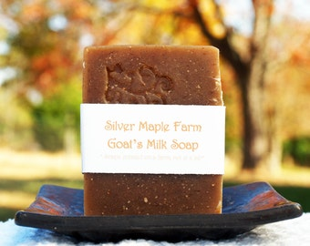 Goat Milk Soap - Oatmeal - Oatmeal Milk & Honey Goat Milk Soap - Homemade Oatmeal Soap - Soap with Oatmeal by Silver Maple Farm Goods -
