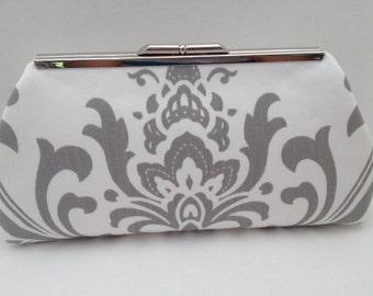 Grey White Large Damask Print Clutch Purse with Silver Nickle Tone Frame, Grey  White Clutch Purse, Bridesmaid Clutch, Purse, Wedding, Bag