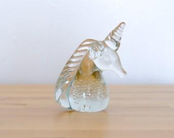 Vintage cristal Licorne • Fantasy presse-papier • verre magique • papier poids prisme • fenêtre Sun Catcher • SciFi Home Decor Statue de Figurine
