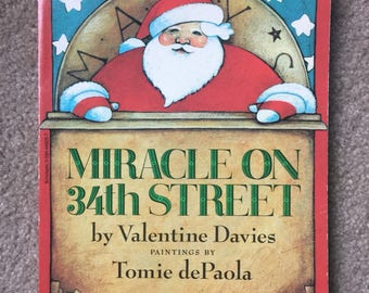 Miracle on 34th Street by Valentine Davies, Illustrated by Tomie dePaola, Soft Cover Christmas Book