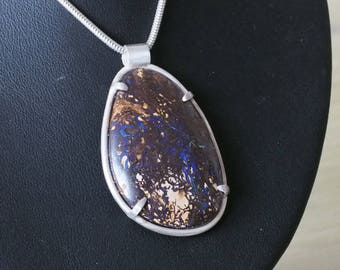 Silver pendant with large, beautiful quality Koroit Boulder Opal