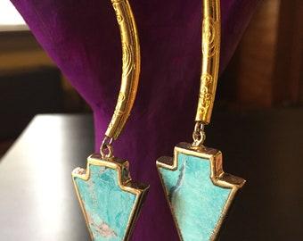 Gold Bar Arrowhead Earrings