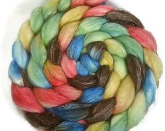 Handpainted Glitter Roving Superwash Merino/Gold Stellina - 4 oz. CUPCAKE - Spinning Fiber