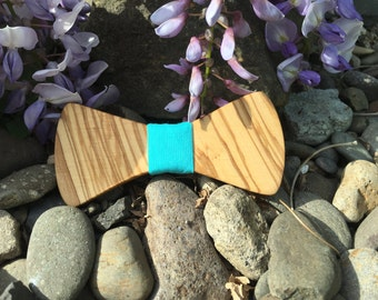 Olive Wood Bowtie
