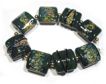 SRA Handmade Glass  Lampwork Beads, Forest Green Raku Nuggets