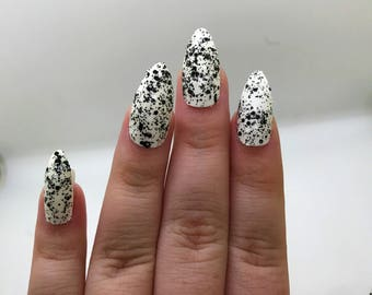 Black and White Fake Nails | Press On | Glue On Nails | Different Shapes