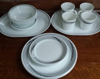 "CORELLE CorningWare ""Optic"" 22pc Set Vintage B&W Pattern Vitrille Glass 2 Oval Serving Trays 4ea Mugs Saucers Bowls Bread and Dinner Plates"