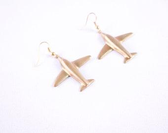 Airplane Travels //// Jet Setter Go Getter ///// Lightweight Plane Bronze Babe Dangle Hook Earrings