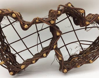 Grapevine Twig Double Heart Wall Basket Decor