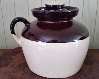 Vintage Bean Pot with lid with one handle.