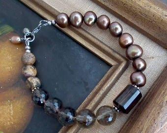Smoky quartz, pearl and jasper assymmetric bracelet with oxidized silver