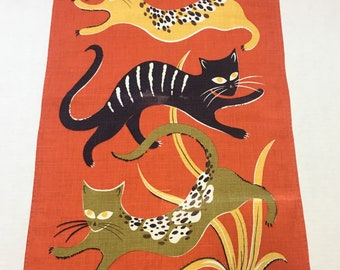 Dolly Dembo's 3 Kittens mid-century tea towel