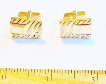 Vintage Cuff Links Gold Tone Metal Gift for Him Christmas Kwanzaa Hanukkah Wedding Jewelry for Men