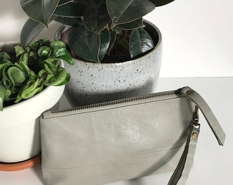 Leather pouch with zip and strap - 'The Kate' - Bone grey leather