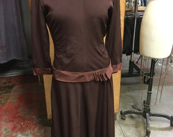 1940's Brown Simple Crepe Dress