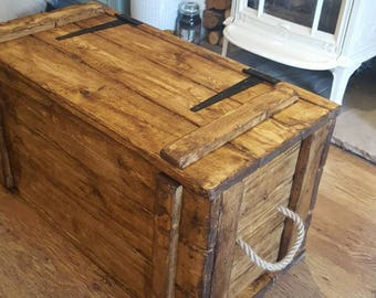 Trunk , Chest , bedroom trunk, vintage trunk