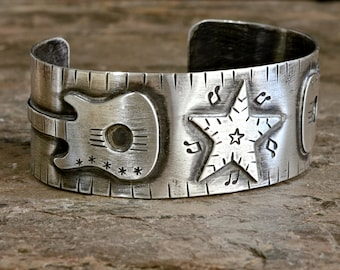 Sterling silver bracelet with guitars and star for a passionate musician or guitarist - Custom Solid 925 BR090