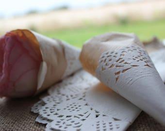 6 21.5 cm paper lace doilies
