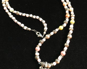 Beaded Eyeglass Holder, Eyeglass Necklace, Eyeglass Loop, Eyeglass Lanyard, Eyeglass Chain, Glasses Chain, Silver, Soft Pink, Colored Pearls