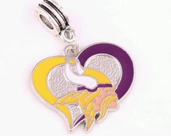 Minnesota Vikings Heart Charm, Sports Charms, Pro Football Charm, Minnesota Vikings Charm, Minnesota Vikings, Sports Fan Jewelry,Qty: 1