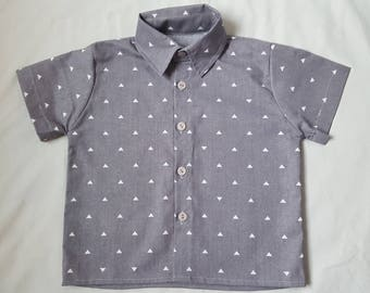 Infant boy's button down collared dress shirt