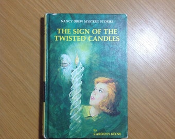 1972 The Sign of the Twisted Candles Nancy Drew