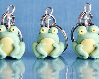 Frog stitch markers Miniature Polymer Clay Amphibian Charms Knit Crochet Accessories army of 4