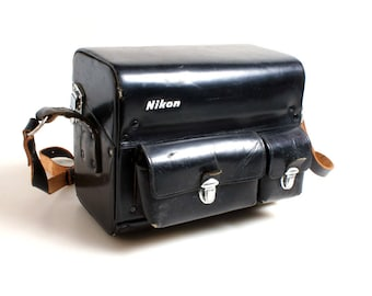Vintage Nikon Camera Case//Leather Case//Shoulder Bag