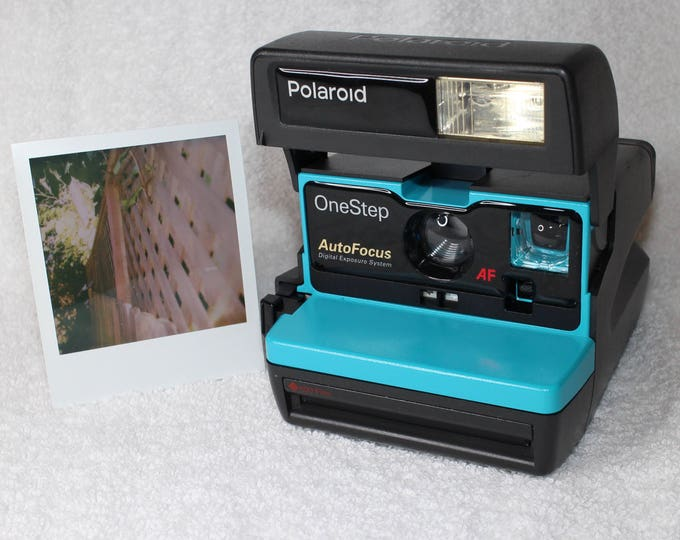 Turquoise Polaroid Autofocus 600 - Cleaned, Tested - Works and Looks Great
