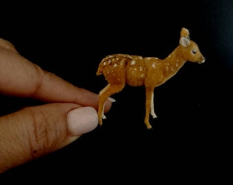 Miniature Dollhouse 1:12  fawn by Woolytales Miniatures