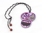 Skull Necklace Purple Des...