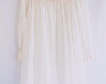 Vanity Fair Cream Peignoir Robe
