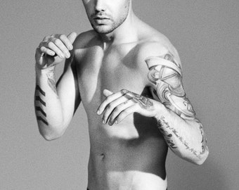 Liam Payne Poster - Choose Your Size - Includes a Free Surprise A3 Poster (2)