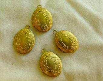 Oval 15x11mm Embossed Brass Lockets 10 Pcs