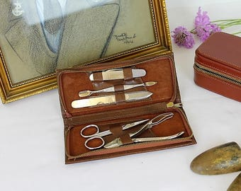 Vintage Manicure Set/Leather Manicure Wallet/Gents Manicure Set/Vanity Ware/SALE (Ref1967A)