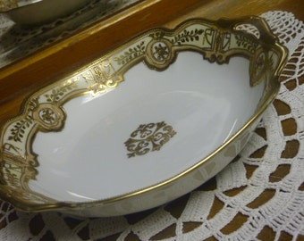 Nippon Royal Crockery Hand Painted Gold and White Serving Bowl