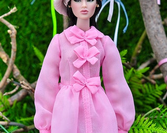 ELENPRIV pale pink leather beret for Fashion royalty FR2 and similar body size dolls